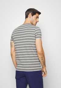Tommy Hilfiger - T-shirt basic - grey - 2
