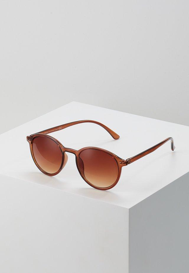 ONSSUNGLASSES TRANSCLUENT - Solbriller - buckthorn brown