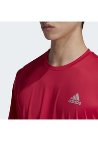 adidas Performance - 3-STRIPES CLUB T-SHIRT - Print T-shirt - pink - 5