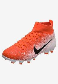 Nike Performance - Indoor football boots - hyper crimson/black/white - 2