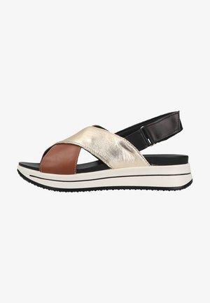 Sandalen met plateauzool - biscotto