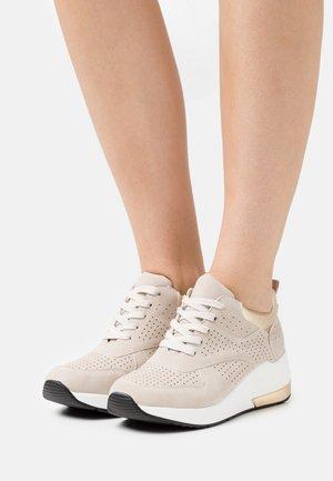 Sneakers laag - dubai beige