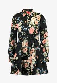 Missguided Petite - BUTTON FRONT SMOCK SHIRT DRESS FLORAL - Shirt dress - black - 4
