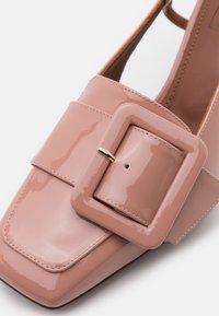 L'Autre Chose - HEELED SLINGBACK - Klasické lodičky - warm pink - 6