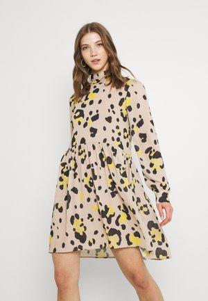 VISAFFA LEOSPICE DRESS - Day dress - humus