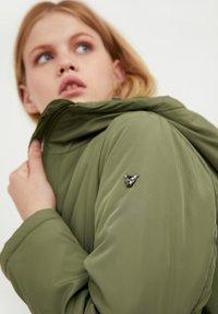 Finn Flare - Winter jacket - khaki - 4