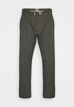 FABRIC PANTS - Pantaloni - green
