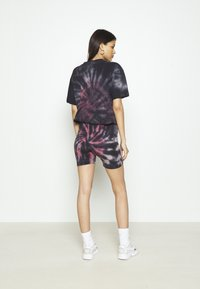 Missguided - COORD AND CYCLE TIE DYE SET - Shorts - pink - 5