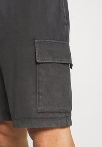 Banana Republic - AUTHENTIC DYE - Shorts - silky coal - 5