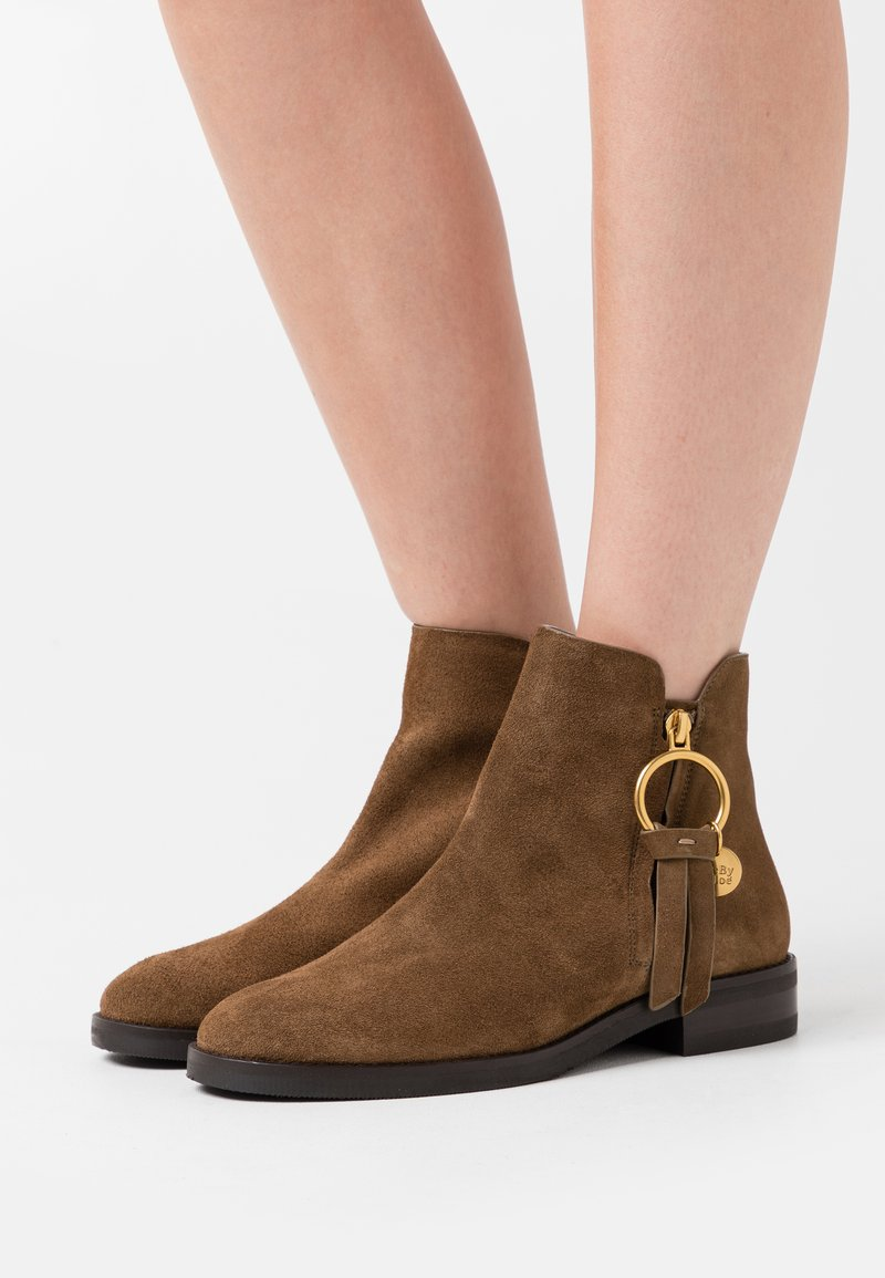 See by Chloé - Ankle boot - terra