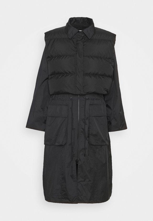 RAIN COAT - Krátký kabát - black