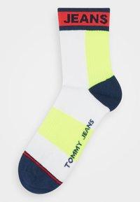 Tommy Jeans - UNISEX SHORT SOCK COLORBLOCK - Socks - white - 0