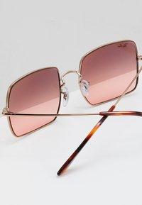 Ray-Ban - SQUARE - Sunglasses - copper - 4
