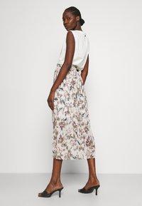 Liu Jo Jeans - ABITO - Jersey dress - offwhite - 2