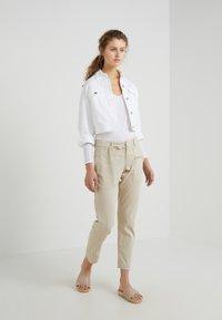 DRYKORN - ALESA - Long sleeved top - white - 1