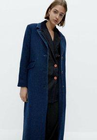 Uterqüe - Short coat - blue - 2