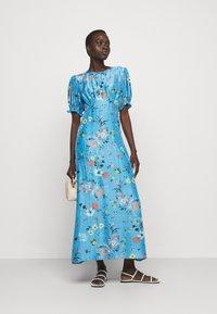 Lily & Lionel - ELIZABETH DRESS - Maxi dress - topaz - 1