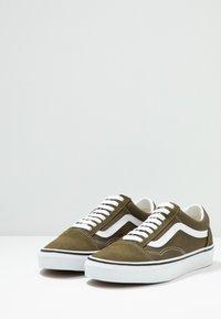 Vans - OLD SKOOL - Sneakersy niskie - beech/true white - 2