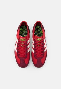 adidas Originals - SL 72 UNISEX - Sneakers basse - scarlet/offwhite/collegiate burgundy - 3