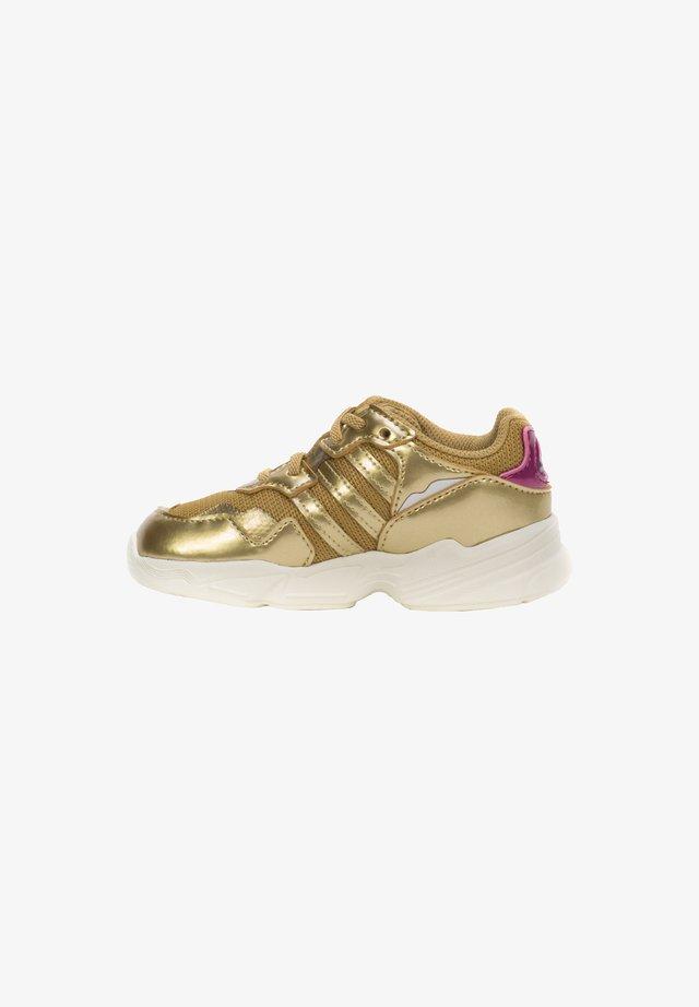 YUNG-96 EL I SNEA - Trainers - gold