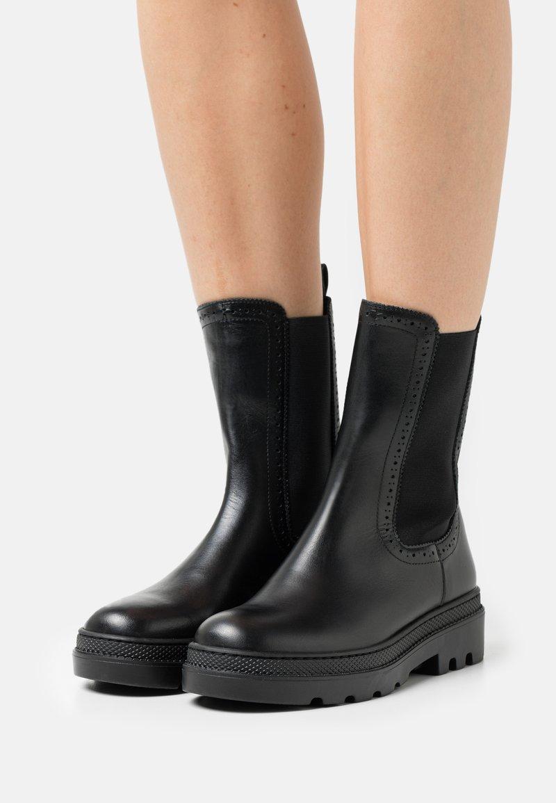 Claudie Pierlot - ALEGRIA - Platform ankle boots - noir