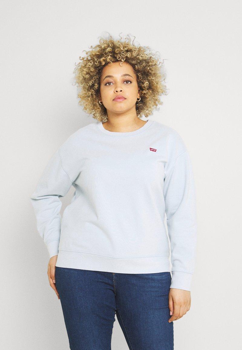 Levi's® Plus - STANDARD CREW - Sweatshirt - plein air