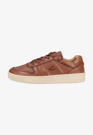 Sneakers laag - cognac c45