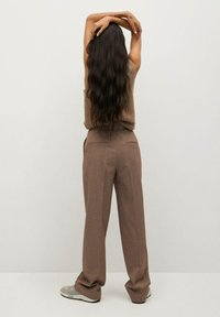Mango - CLAUDI - Trousers - bruin - 2