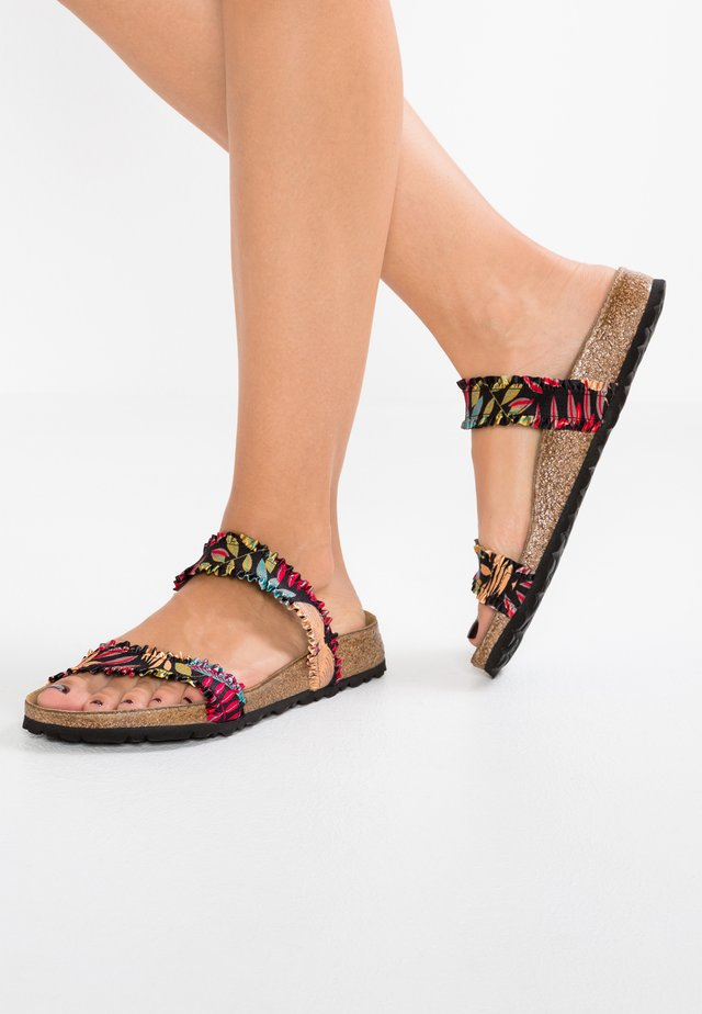 CURACAO - Chaussons - black