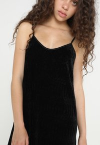 Urban Classics - LADIES VELVET - Day dress - black - 5