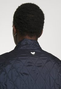 WEEKEND MaxMara - KAFIR - Klasický kabát - blue - 4