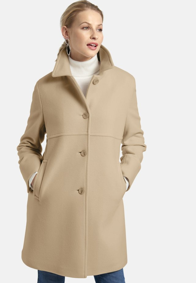 MIT EINGRIFFTASCHEN - Classic coat - camel