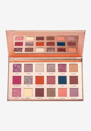 NEW NEUTRALS BLUSHED SHADOW PALETTE - Eyeshadow palette - -