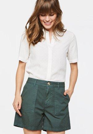 WE FASHION DAMENSHORTS - Shorts - dark green