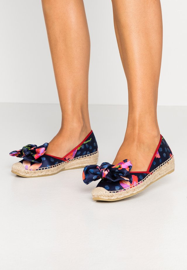 Loafers - blossom blue