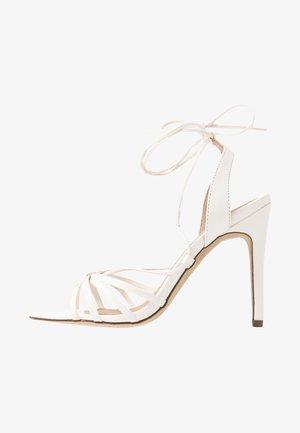 STARFISH - Sandály na vysokém podpatku - white