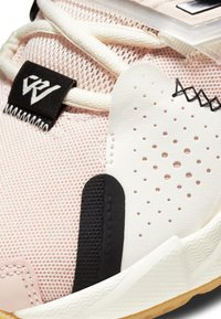 Jordan - WHY NOT ZER0.3 - Basketball shoes - pink tint/pale ivory-black - 5