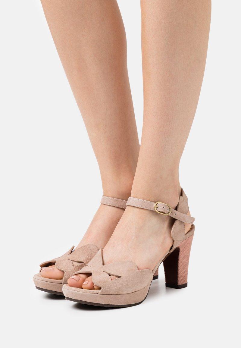 Chie Mihara - EDANA - Sandalen met hoge hak - peach/ada powder