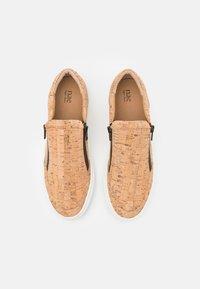NAE Vegan Shoes - EFE VEGAN - Trainers - brown - 3