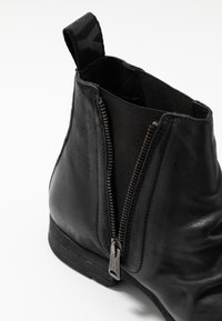 Replay - CARRON - Classic ankle boots - black - 5