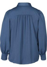 Zizzi - MIT BINDEDETAIL - Button-down blouse - dark blue - 4
