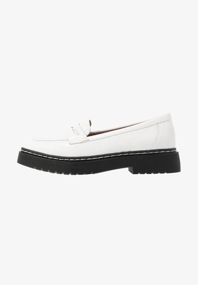 CHUNKY LOAFER - Mocasines - white