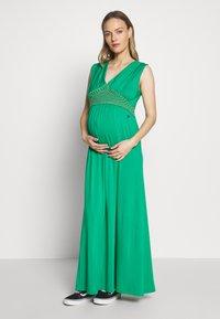 LOVE2WAIT - NURSING CROCHET - Maxi šaty - green - 0