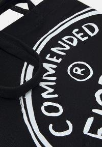 Fiorucci - ILLUSTRATED COMMENDED TOTE BAG UNISEX - Velká kabelka - black - 4