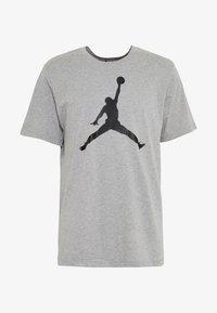JUMPMAN CREW - T-Shirt print - carbon heather/black