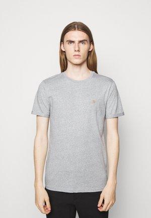 NØRREGAARD - Basic T-shirt - grey melange