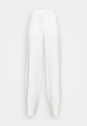 WIDE LEG - Pantalon classique - transition cream