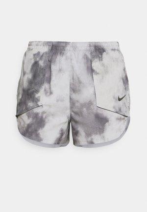 LUXE SHORT - Pantaloncini sportivi - smoke grey/smoke grey/clear