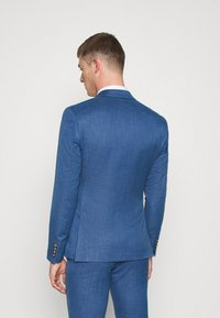 Isaac Dewhirst - WEDDING COLLECTION - SLIM FIT SUIT - Kostuum - blue - 3