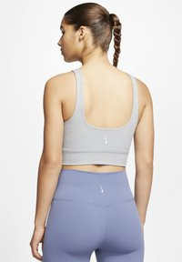 Nike Performance - THE YOGA LUXE CROP TANK - Top - particle grey/heather/platinum tint - 2